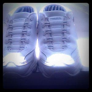 Skechers Sport D'Lites white slip-on sneakers